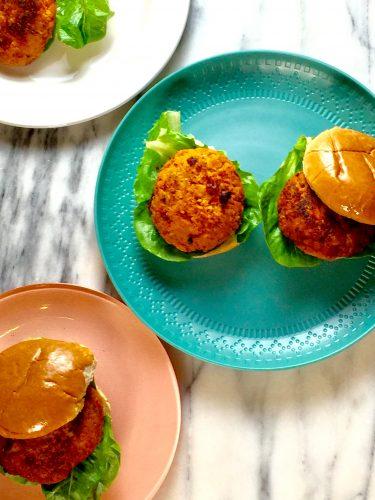 Veggie & Chicken Burger