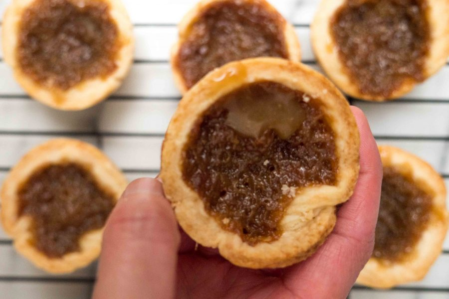 California Golden Raisins Butter Tarts