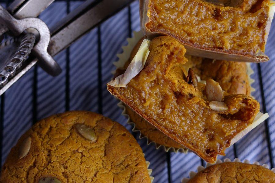 pumpkin spice mochi muffins